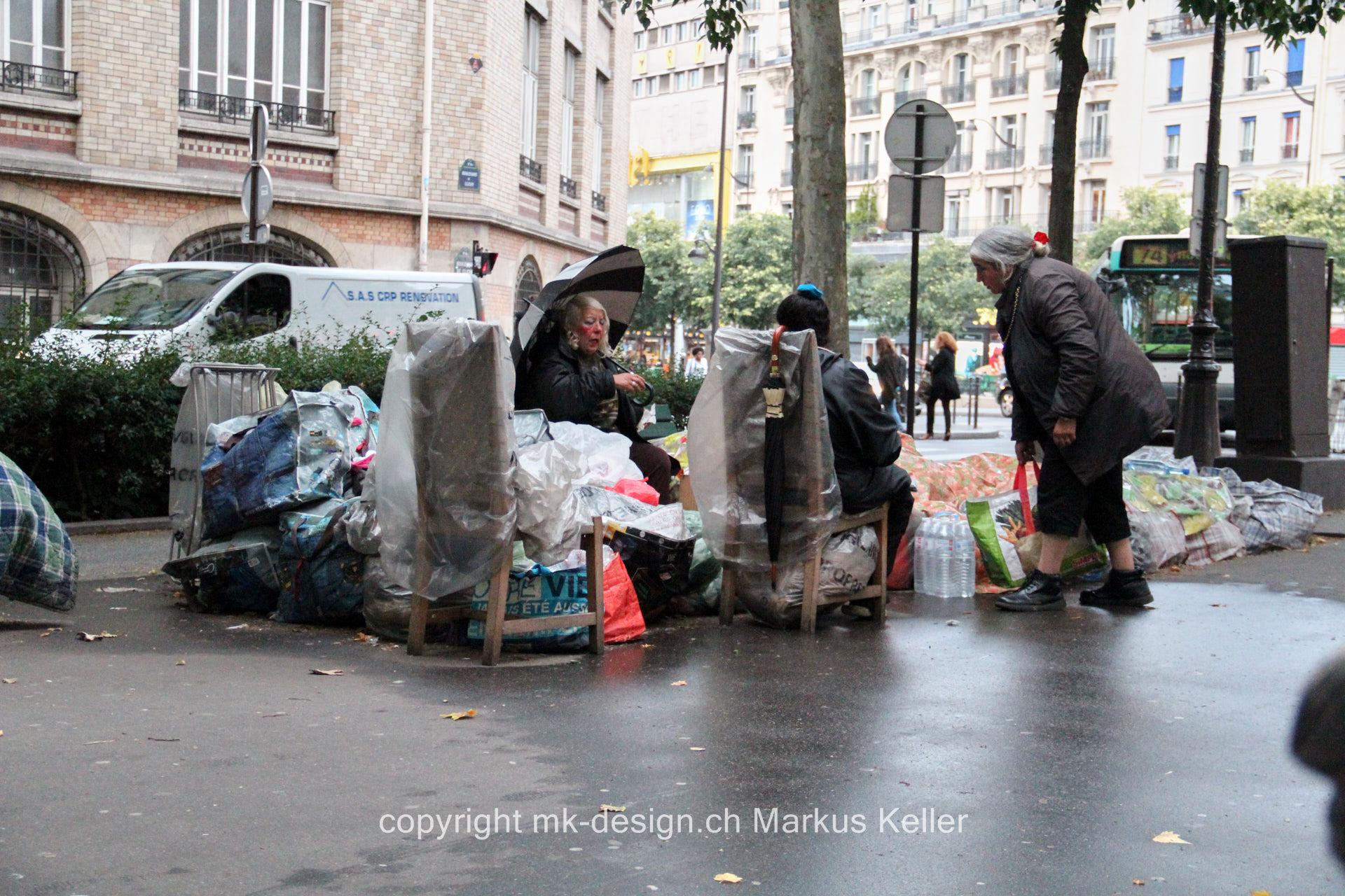 Mensch   Bauwerk   Park/Platz/Strasse