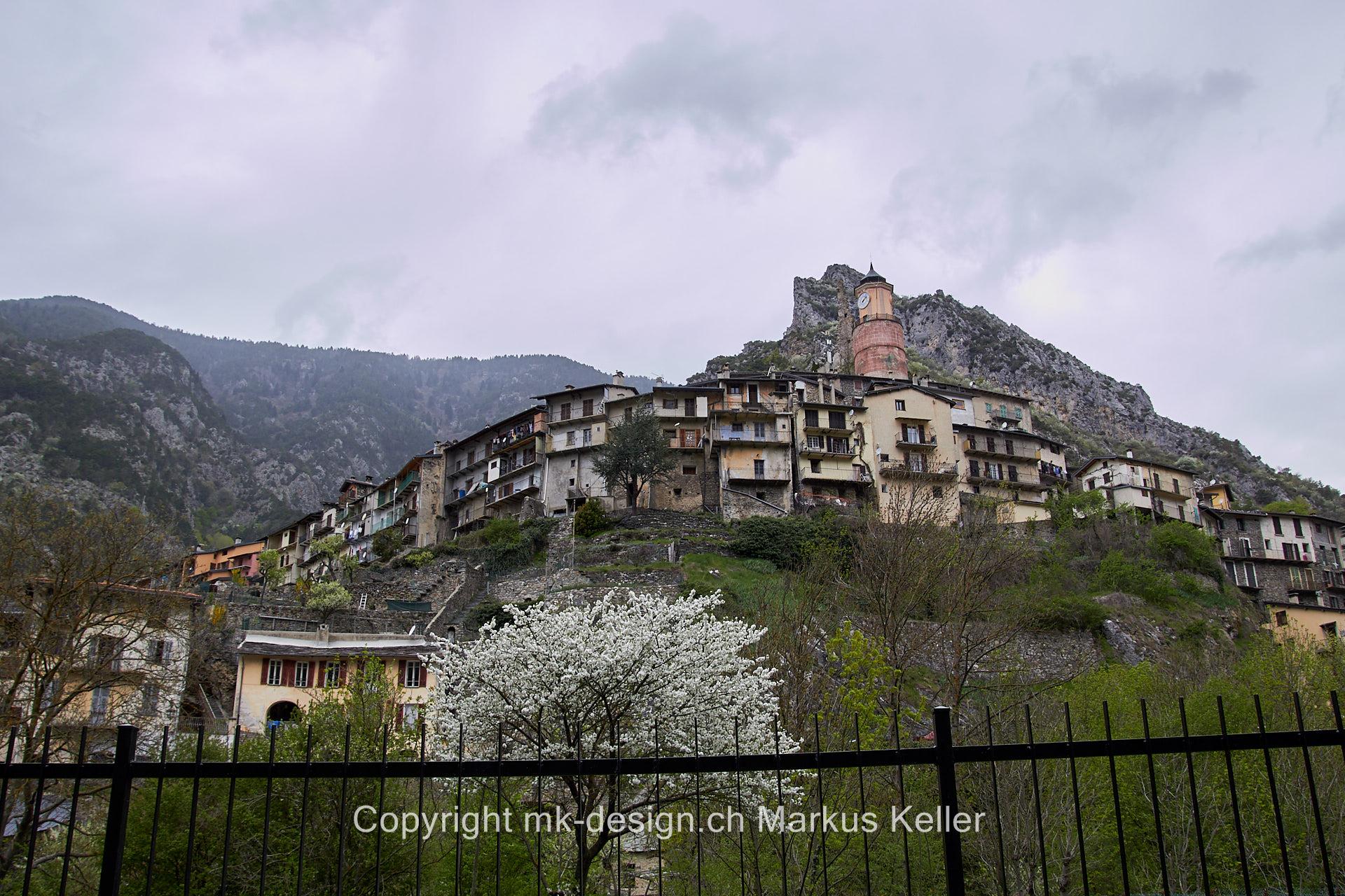 Berg   Bauwerk   Haus