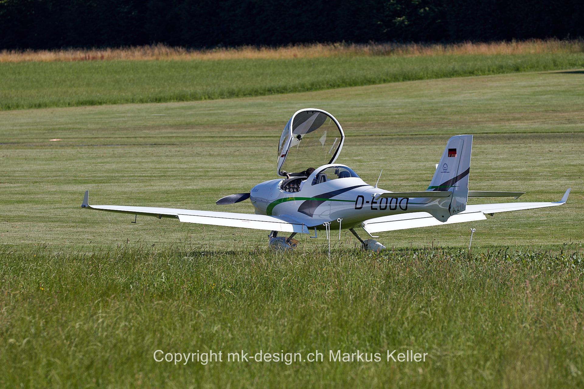 Flugzeug   Grumman AA5B Tiger