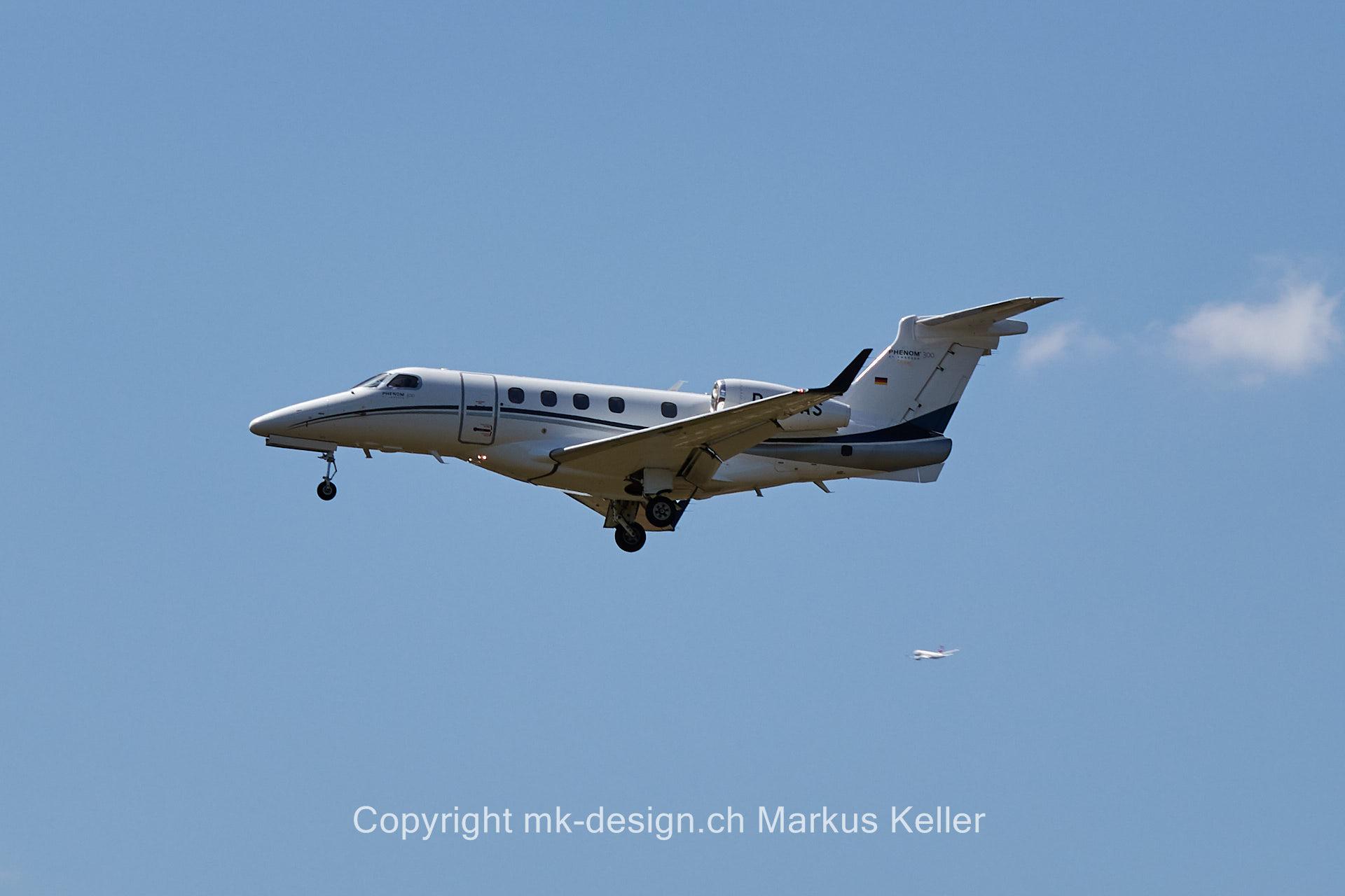 Flugzeug   Phenom 300
