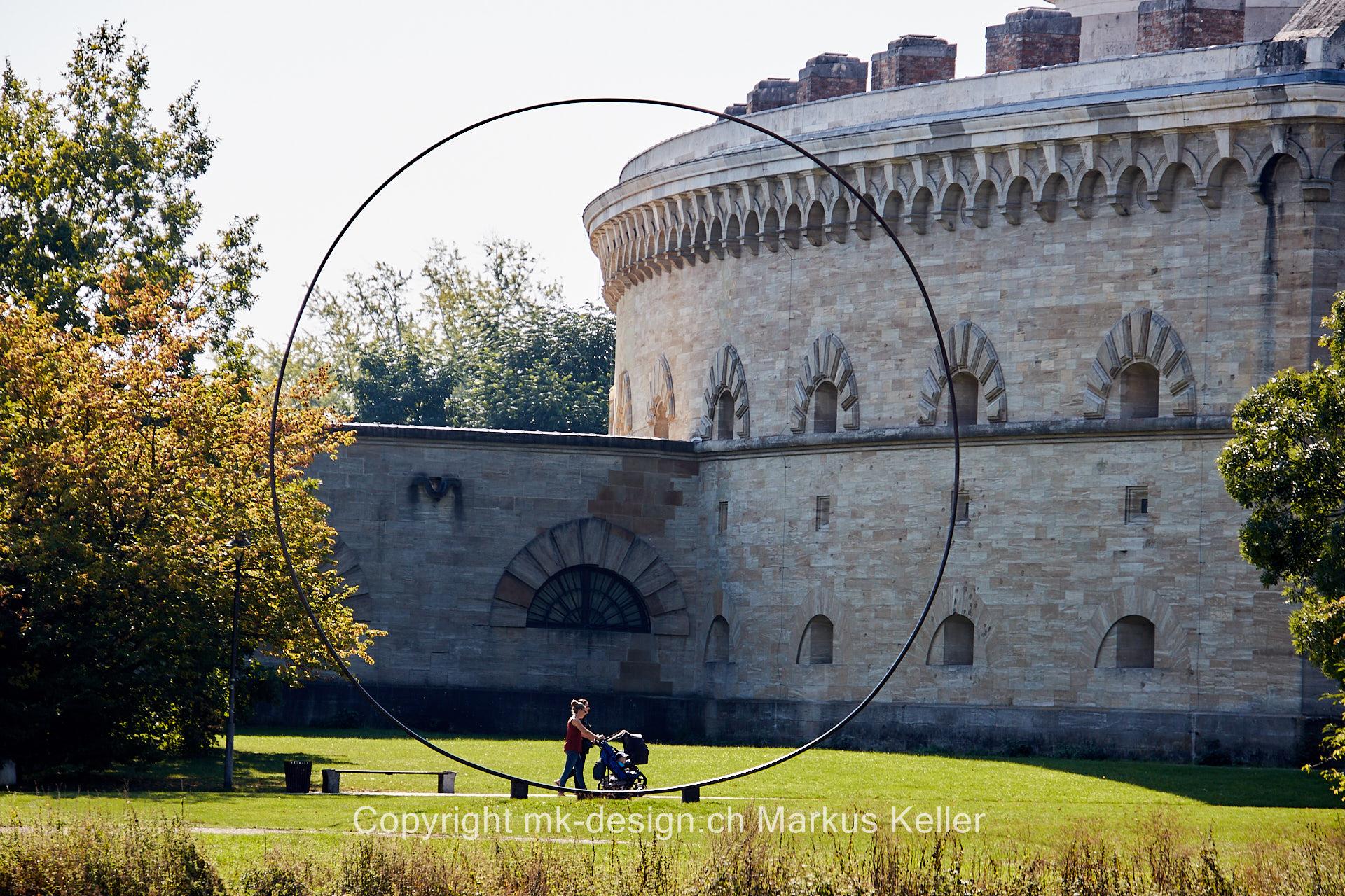 Stilleben   Mensch   Bauwerk   Statue/Skulptur