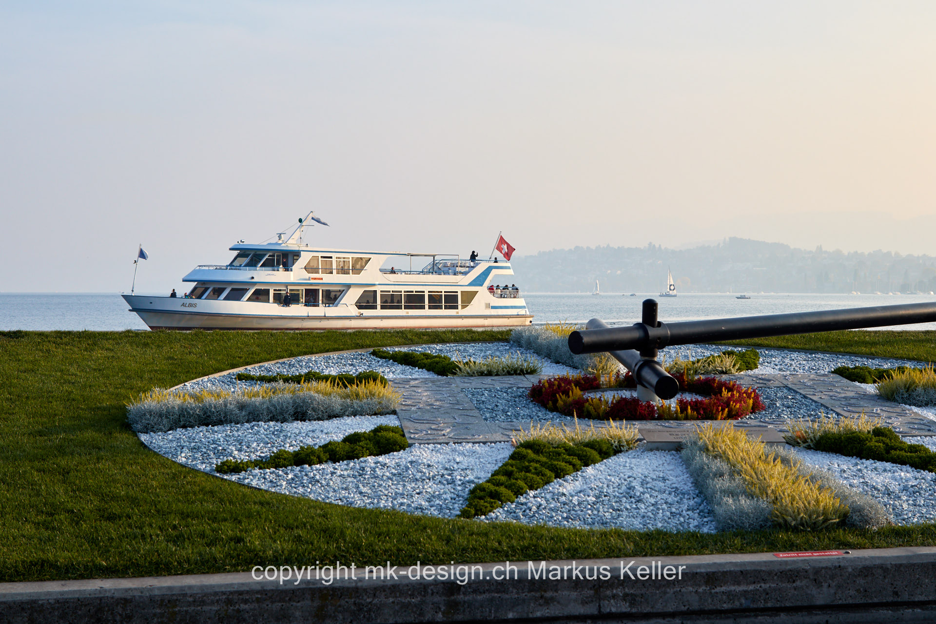 See   Zürichsee   Bauwerk   Statue/Skulptur